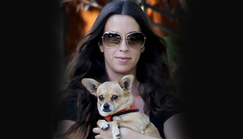 Bring Back my Dog: Alanis Morissette Tells Court
