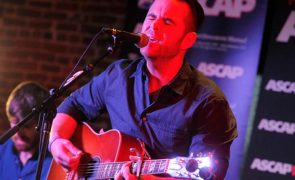 David Nail Marks New Sound with His Third Album 'I'm a Fire'