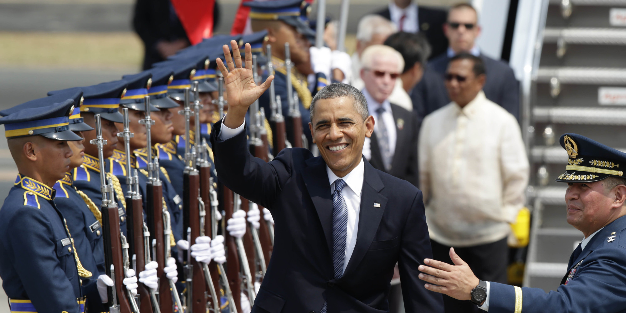 Obama Tackles Defense Pact in Philippine Visit