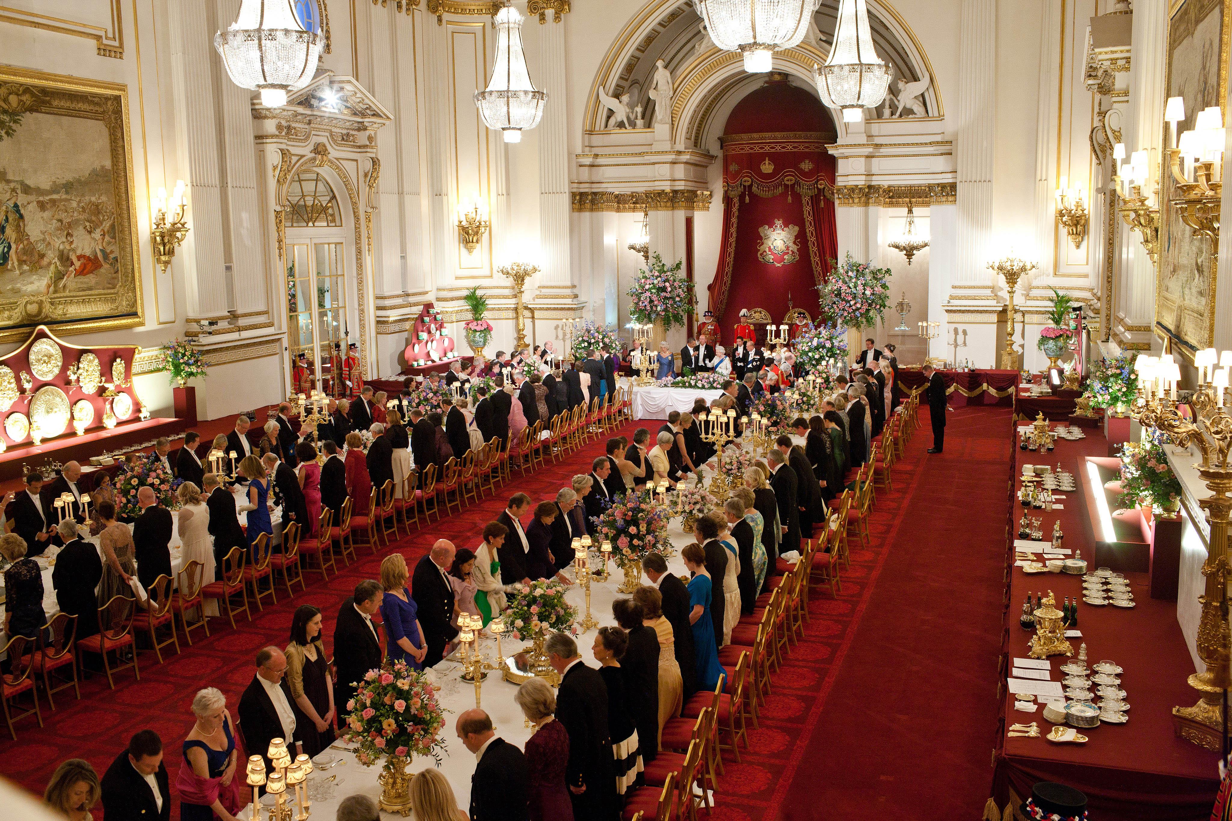 The Royal Family Food Menu Recreate The Favorite Food In