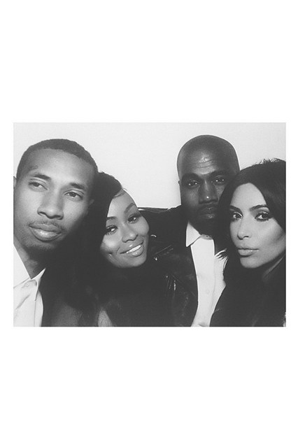 insta-weddings-kim-kardashian-vogue-17jul14-1280_426x639