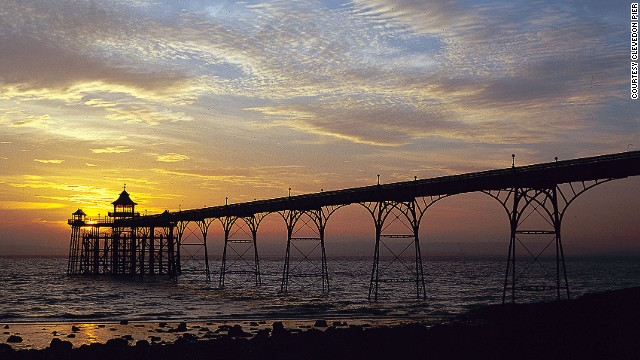 140725164749-piers-4-clevedon-rocks-horizontal-gallery