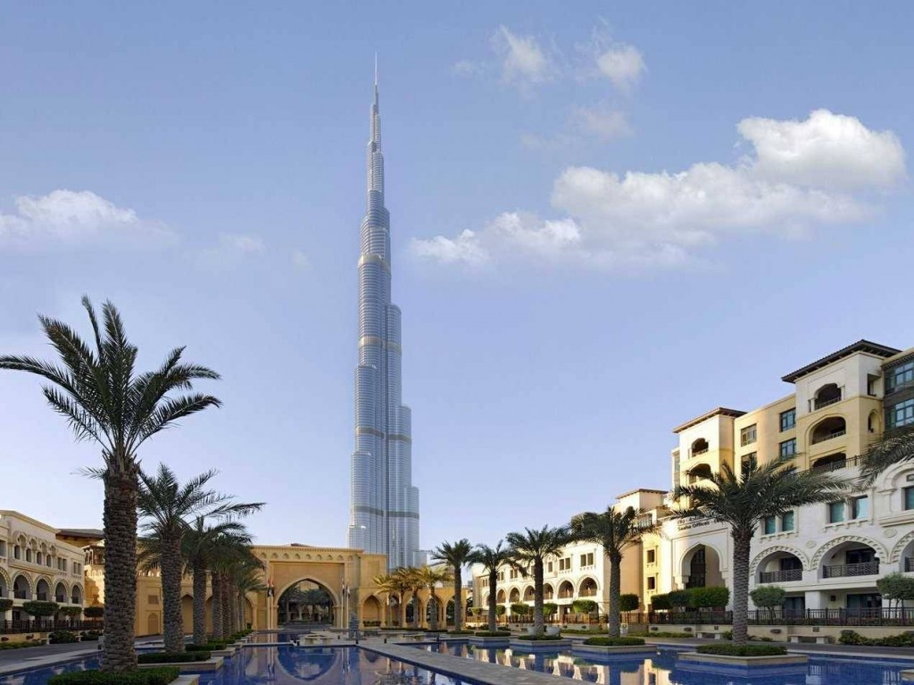 The-Burj-Khalifa-in-Dubai-UAE-is-the-worlds-tallest-building-standing-at-2717-feet-