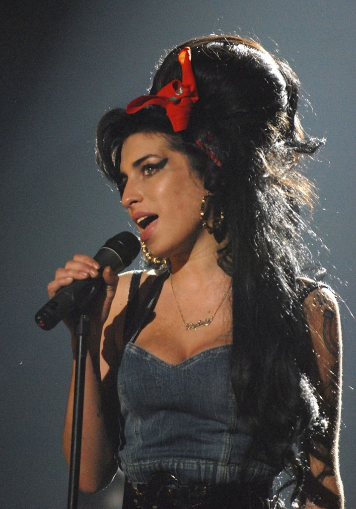 amy-winehouse_17475468200.jpg_gallery_max