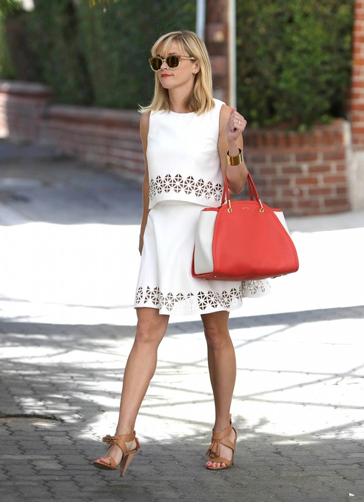 celeb-white-dress-reese-witherspoon_183405173742.jpg_gallery_max