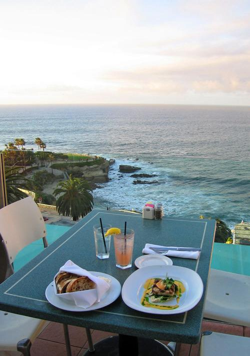 The most amazing waterfront dining places in the u s for Fish restaurant la jolla