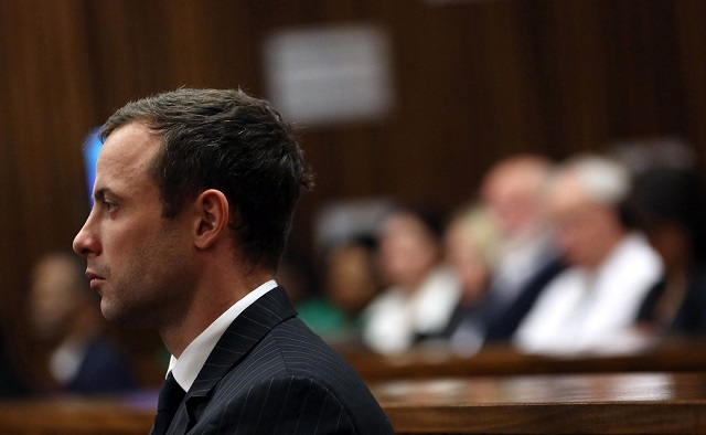 Oscar-Pistorious-Themba-Hadebe-AFP-Getty-Images