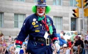 Creepy Wasco Clown Creeps California Residents