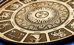 4 Zodiac Signs