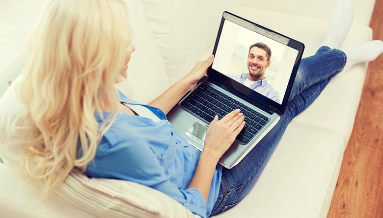Technology to Keep Long Distance Relationship Closer
