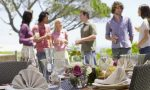 Entertain Your Guest With Fun Outdoor Setting