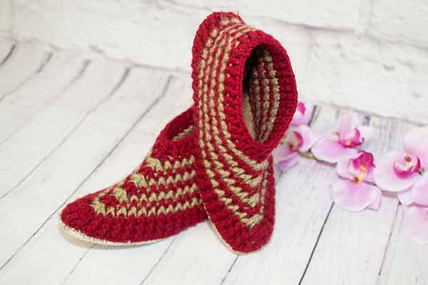 a-fabulous-pair-of-crochet-slippers